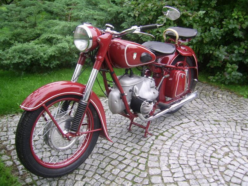 ifa bk 350 antique motorcycles. Black Bedroom Furniture Sets. Home Design Ideas